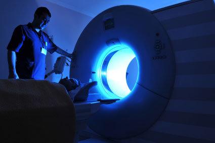 Ressonância magnética: o que é? Como realizar o exame? Quais são os inconvenientes?