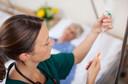 O papel da enfermagem no tratamento de pacientes